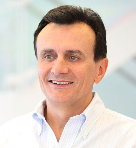 AstraZeneca Q3 sales rise, expects harsh 2015