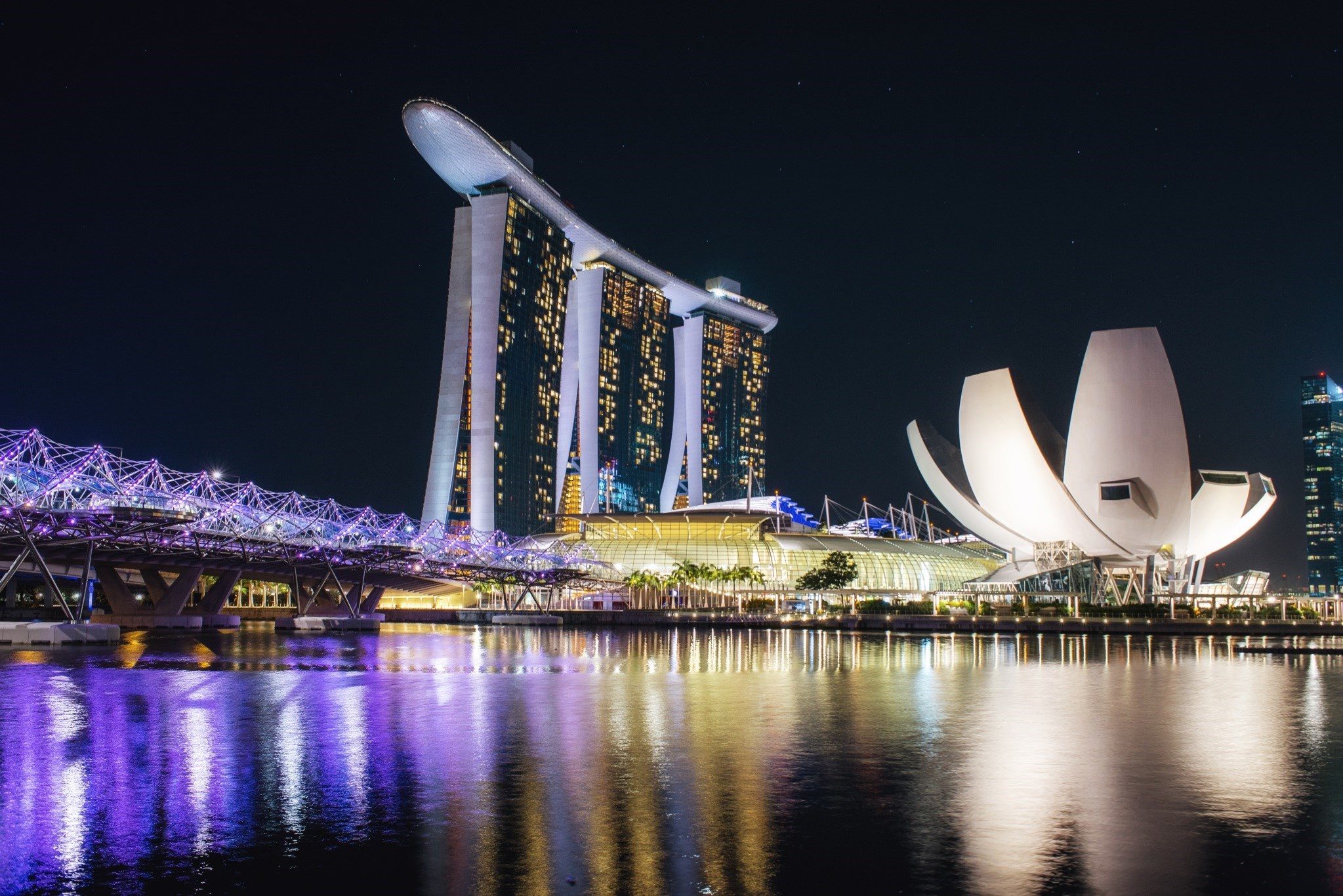 ZS opens office in Singapore