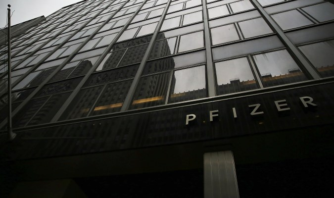 Pfizer signs 20-year lease for new New York City headquarters